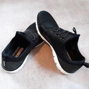 Sketchers Air-Cooled Memory Foam Sneakers